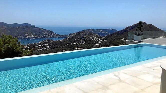 Einladender Pool auf Mallorca.