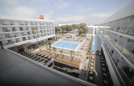 Auch das Hotel Riu Playa Park an der Playa de Palma wird flott gemacht.