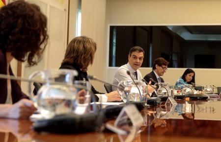 Ministerpräsident Sánchez bei einer Kabinettssitzung.