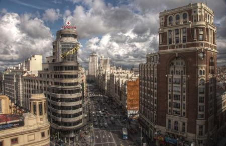 In Madrid brodelt es.