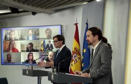 Pablo Iglesias (r.) mit Gseundheitsminister Salvador Illa.