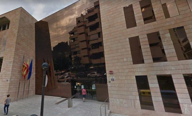Normalerweise fand die Beratung im Gebäude der gesetzlichen spanischen Sozialversicherung (INSS) in Palma statt.