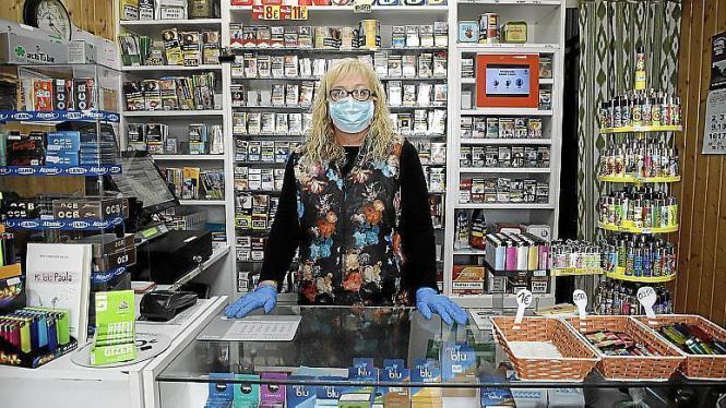 Auch wer in einen Laden geht, muss künftig Maske tragen.