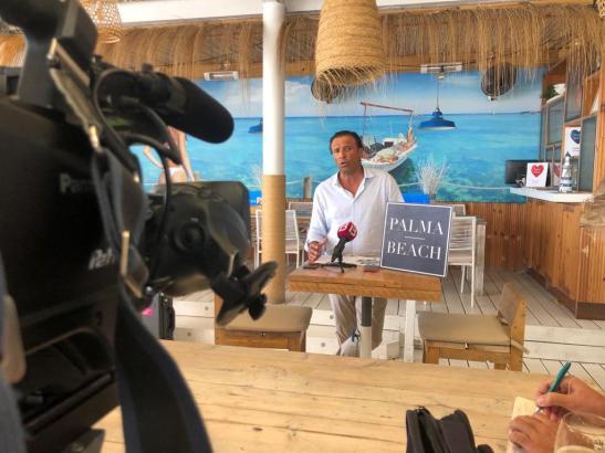 """""""Palma Beach""""-Begründer Juan Miguel Ferrer bei einer Pressekonferenz (Archivfoto)."""