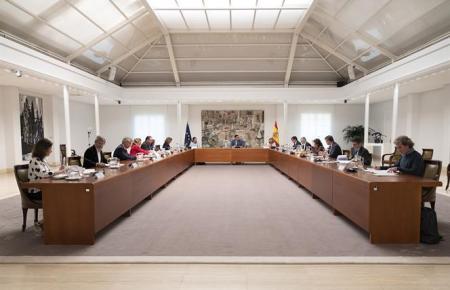 Kabinettssitzung mit Pedro Sánchez im Moncloa-Palast.