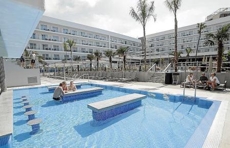Die Hotelbuchungen sind am Samstag deutlich gestiegen.