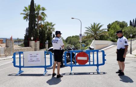Aforo completo - was soviel wie: Kontingent erschöpft bedeutet. Dies war an einigen Stadtnahmen Stränden von Palma an diesem Wochenende der Fall.