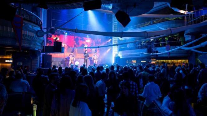 Ab Montag dürfen auf Mallorca Clubs und Discos wieder öffnen, allerdings ohne Tanzfläche.