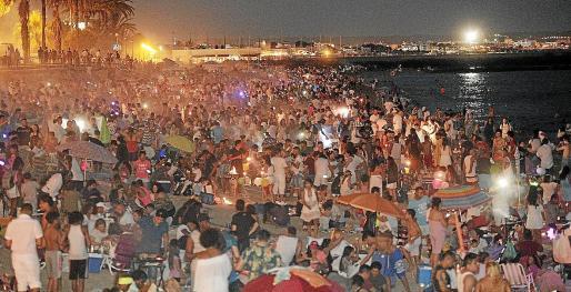 Normalerweise eine fröhliche Massenveranstaltung besonders an Palmas Stränden: die Fiesta de San Juan. Dieses Jahr wird es anders laufen müssen - notfalls werden die Strände komplett gesperrt.