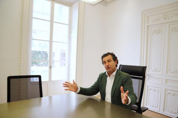 PP-Chef Biel Company, Oppositionsführer im Balearen-Parlament, kritisiert das Pilotporjekt mit deutschen Urlaubern.