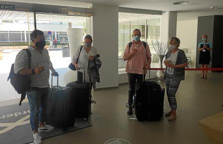 Die ersten deutschen Touristen in Alcúdia.