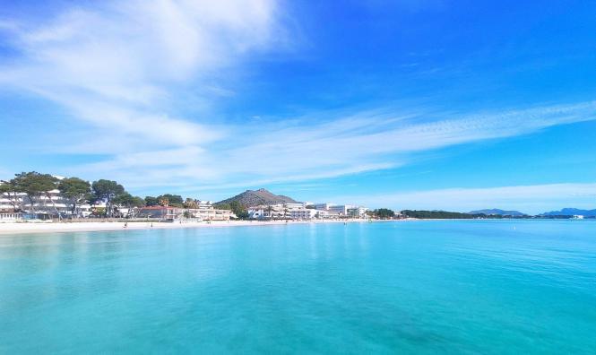 So schön und leer ist es zurzeit in Port d'Alcúdia.