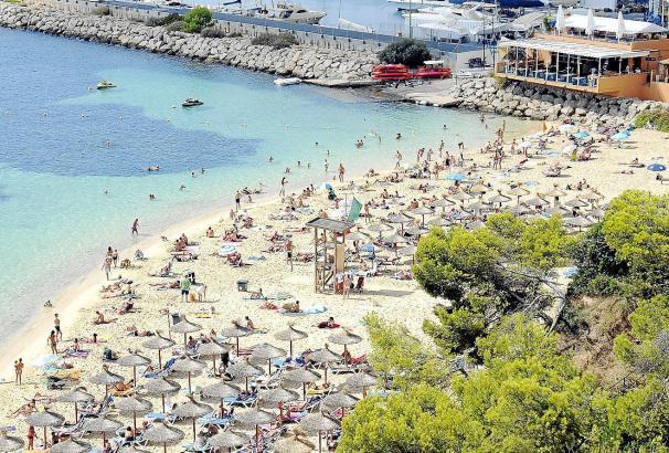 Ob es auf Mallorca in diesem Sommer so voll wird wie auf diesem Archivfoto, ist fraglich.