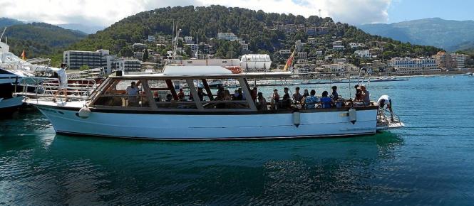 """Die Firma """"Barcos Azules"""" verfügt auch über größere Schiffe."""