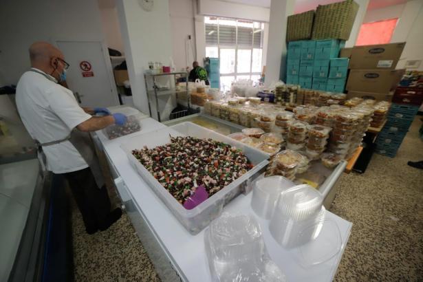 Lebensmittel für arme Menschen auf Mallorca.