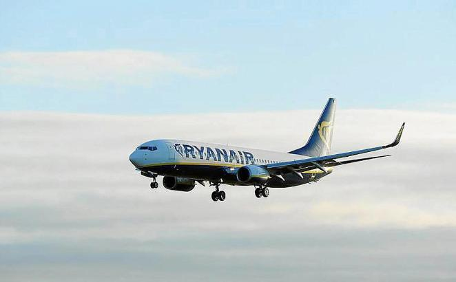 Landender Ryanair-Flieger.