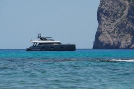 Nadal kreuzt mit seinem neuen Katamaran vor Mallorca