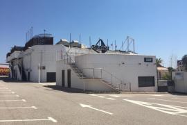 Polizisten räumen Groß-Disco auf Ibiza mit über 100 Feiernden