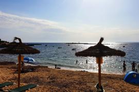 Mallorca mit Sonne und Wolken, ab Sonntag 30 Grad
