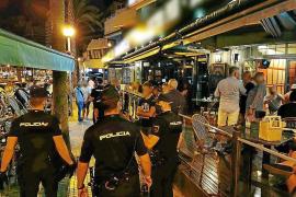 Menschenansammlungen: Polizei sorgt verstärkt nachts auf Mallorca für Ordnung