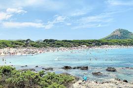 Der Strand von Cala Rajada.