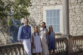 Die Königsfamilie beim Besuch in Son Marroig im vergangenen Sommer.