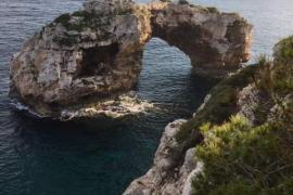 Ausflugstipp für Mallorca: Durchs Loch gucken
