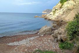 Die Cala des Gats befindet sich nahe Costa de la Calma.