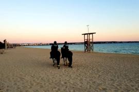 Palma sperrt erstmals die Strände in der Nacht auf Samstag