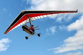 Lars Ranzenberger in seinem Trike. Das Fliegen ist für den 52-Jährigen Entspannung und Inspiration zugleich.