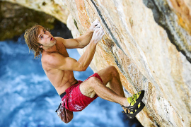 Das Felsentor Es Pontàs bietet auch Extremsportlern einiges.