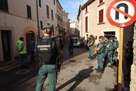 Guardia Civil räumt besetztes Haus in Banyalbufar