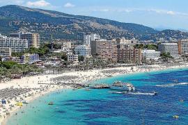 Rauchender Tourist auf Mallorca mit Bußgeld gemaßregelt
