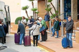 Corona-Reiserückkehrer schulden Deutschland noch über 44 Millionen Euro