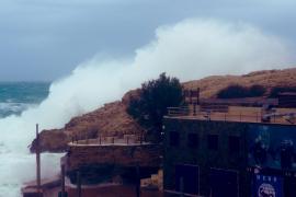 Heftiger Sturm mit Fünf-Meter-Wellen erreicht Mallorca