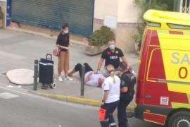 Fliegender Tisch erschlägt Frau auf Ibiza fast