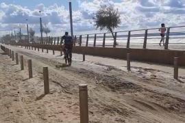 """Unwetter """"Alex"""" hat El Molinar auf Mallorca mit Meersand zugeschüttet"""