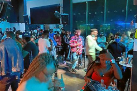 Polizisten schließen Diskothek mit 200 Gästen auf Mallorca