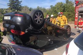 Seniorin überschlägt sich in ihrem Wagen in Palma