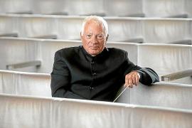 Leopold Hager dirigiert auf Mallorca Beethoven