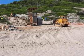 Strandbar am Naturstrand an der Cala Torta abgerissen