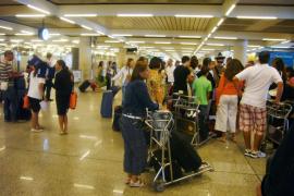 Flughafenmitarbeiterin von Diebstahlsvorwurf freigesprochen