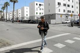 Stahltüren gegen Wohnungsbesetzer in Problemviertel in Palma