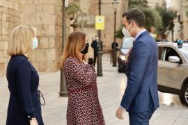 Armengol verlangt erneut von Sánchez PCR-Pflicht für Inlandsreisende