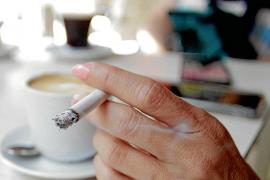 Verein fordert zehn Meter Abstand beim Rauchen