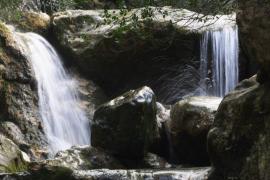 Kletterer stürzt in Schlucht auf Mallorca acht Meter tief