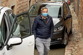 Verkehrschaos in Biniaraix auf Mallorca wegen Schneetouristen