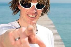 Mickie Krause und Peter Wackel exportieren Ballermann-Gefühl nach Afrika