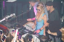 Im Sommer 2017 machte Paris Hilton am DJ-Pult des Tito's die Nacht zum Tag.