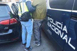 Polizei fasst Einbrecherbande, die Luxusanwesen ausräumte